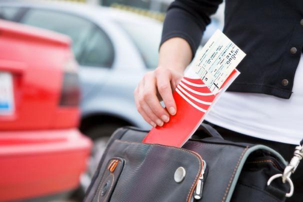 Как сэкономить на авиабилетах и полететь в отпуск дешево?
