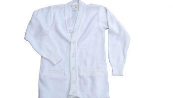 Как вывести пятна на белой одежде