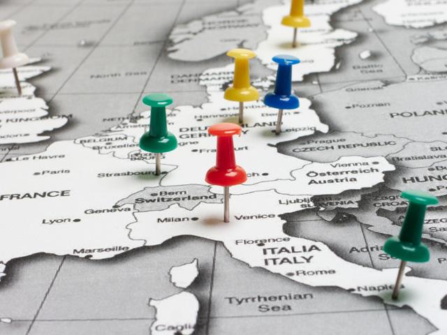 в Европу самостоятельно