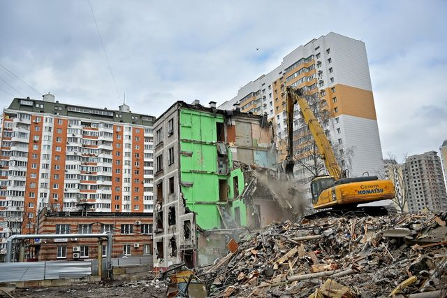 Демонтаж перекрытий пятиэтажки